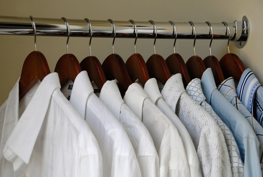 Men's-closet-hangers