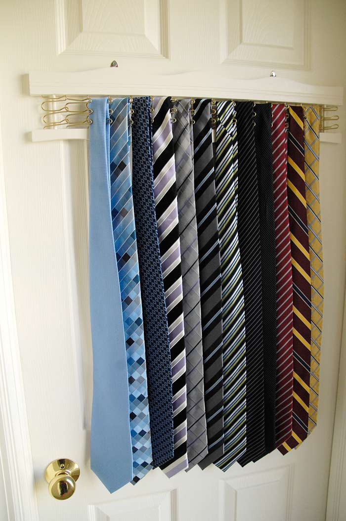 New-tie-rack