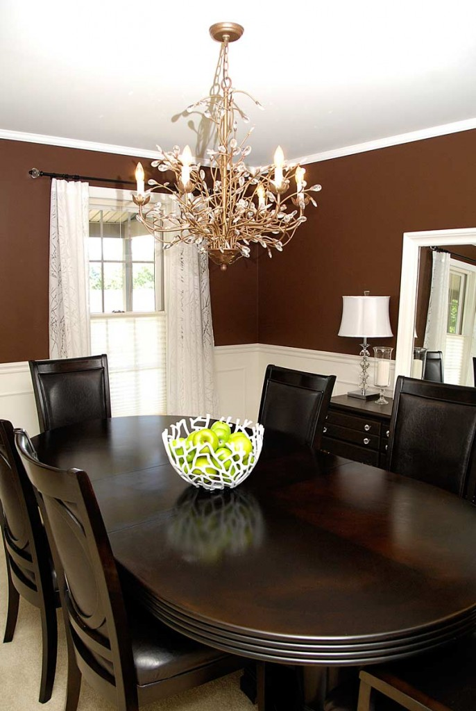 Bowl-in-dining-room