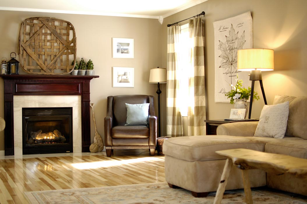 Hickory-floor-living-room-3