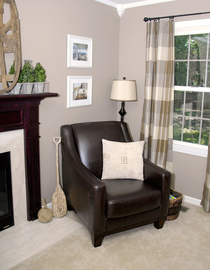 Living-room-leather-chair