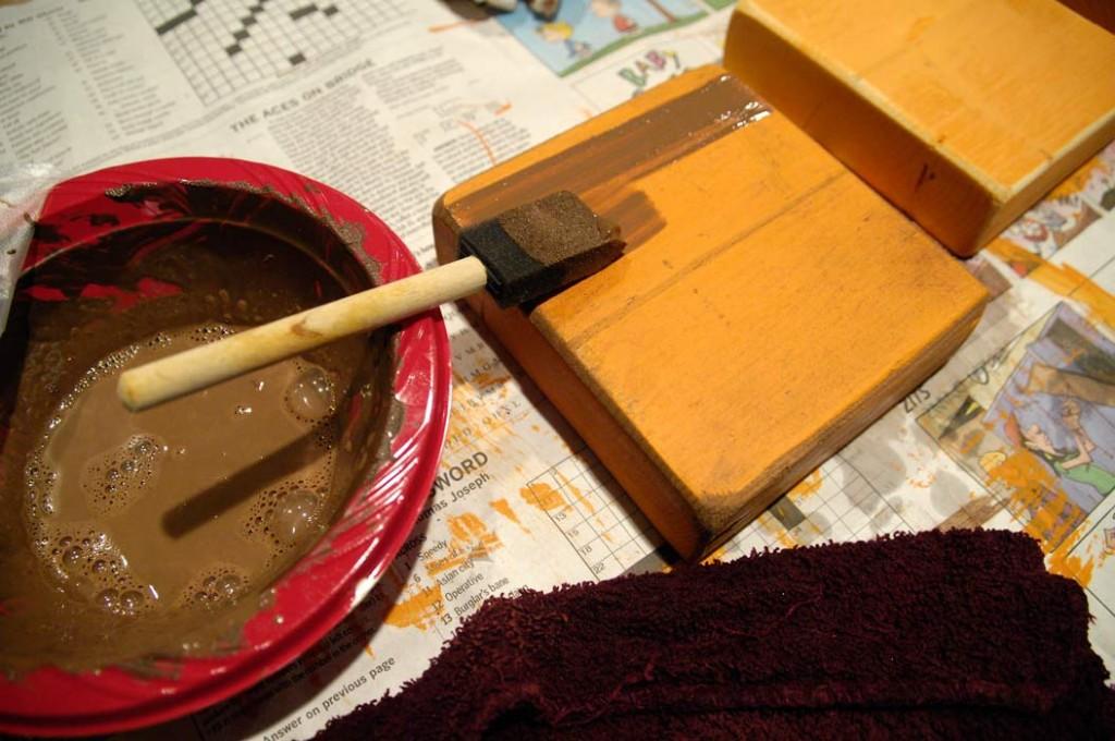 Brown-paint-glaze