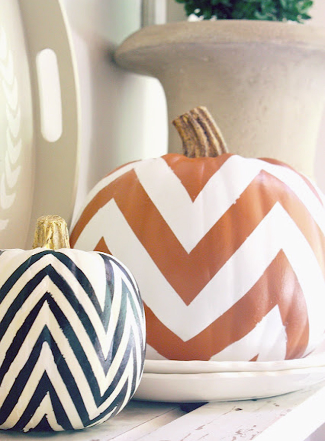 DIY chevron pumpkins halloween-orange and black
