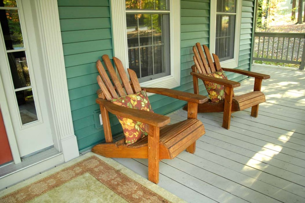 Fall-front-porch-Adirondack-chairs