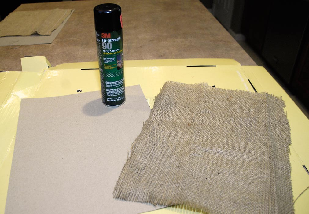 How-to-attach-burlap-to-picture-frame