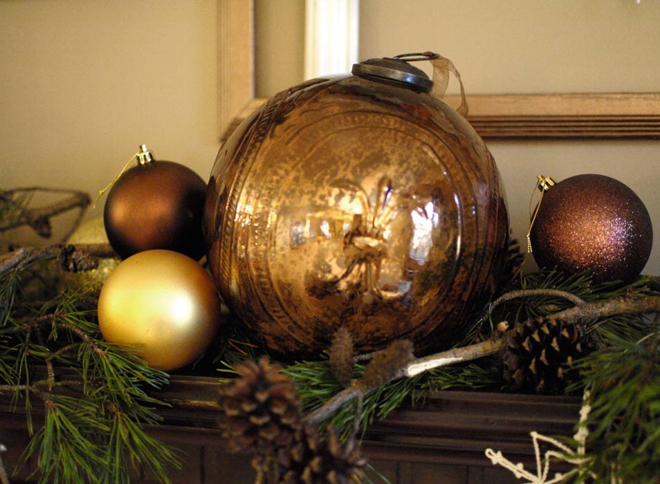Large-ornaments