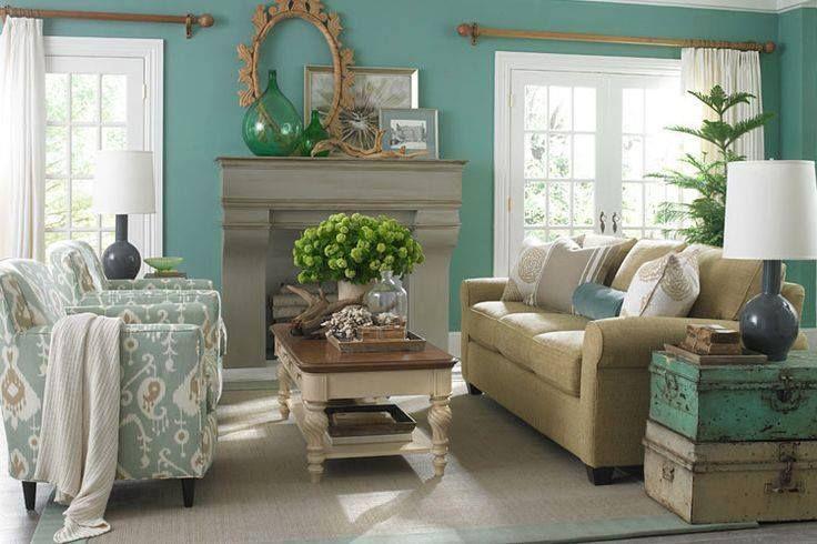 Living room decor inspiration living rich on lessliving for Aqua living room decorating ideas