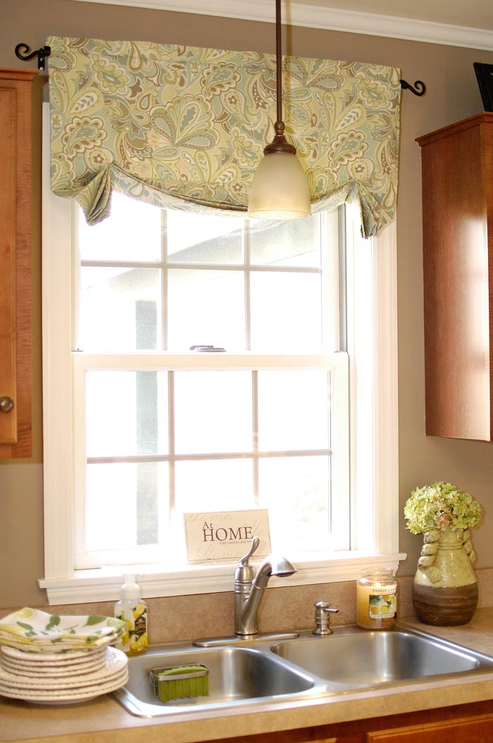 How to make easy curtainsliving rich on less for Valance curtains for kitchen