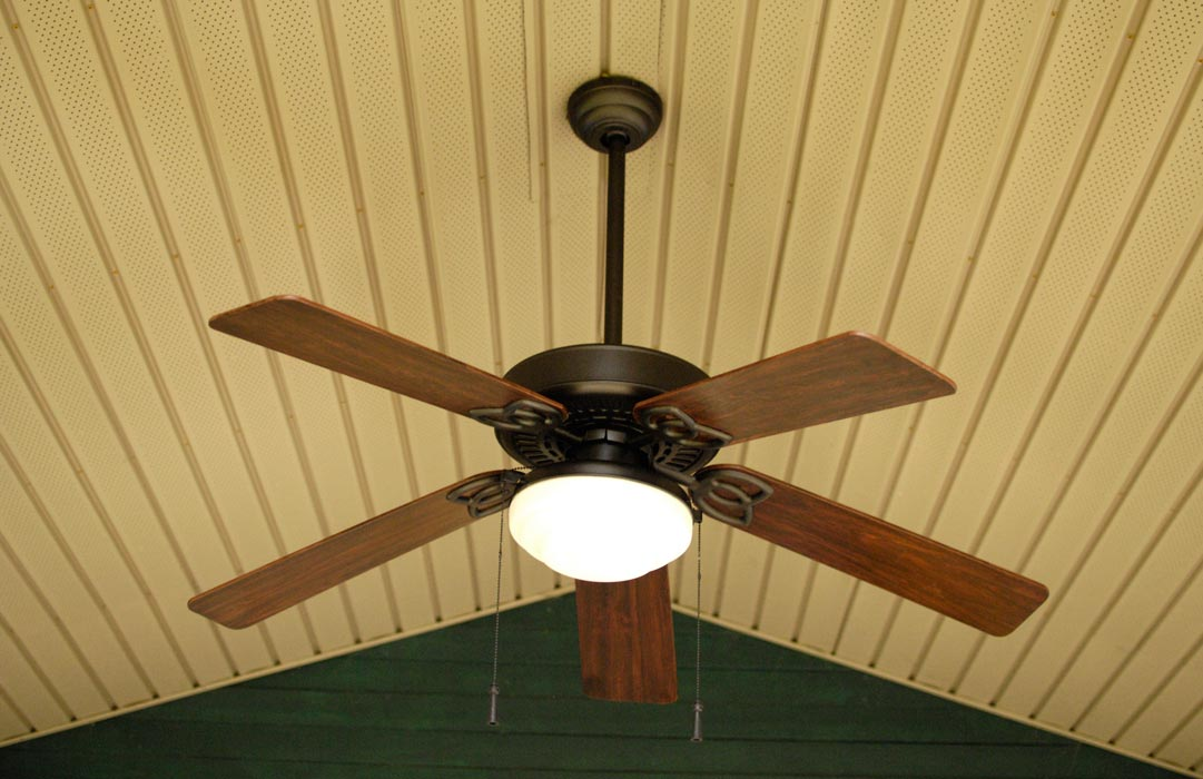 Oil-rubbed-bronze-outdoor-fan-2
