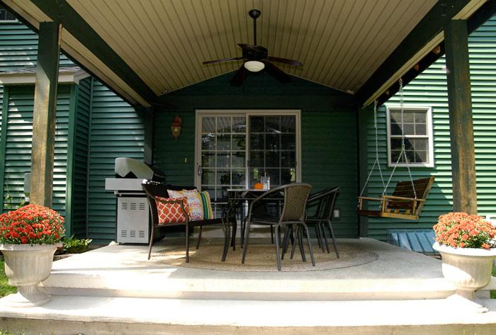 Fall-back-porch