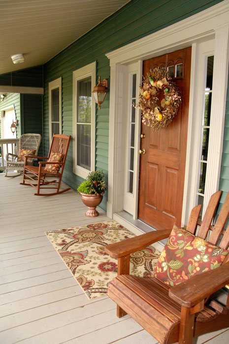 Fall-front-porch-planter