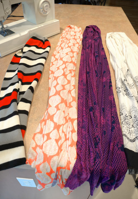 Transforming-regular-scarves-to-infinity-scarves
