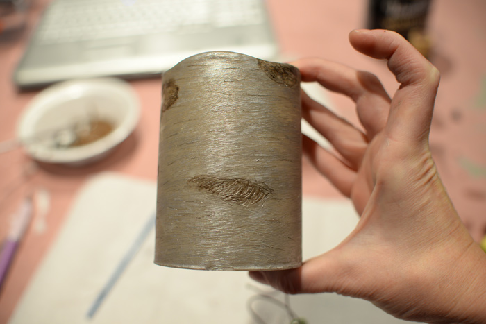 Closeup-of-birch-candle