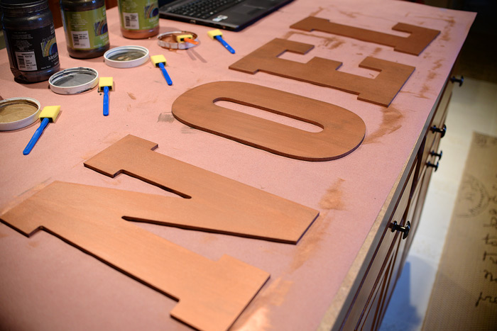 Copper-Penny-Noel-sign