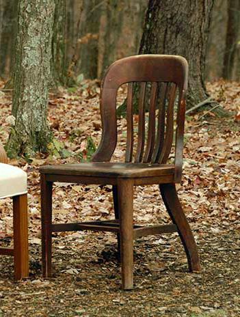 Dumpster-chair