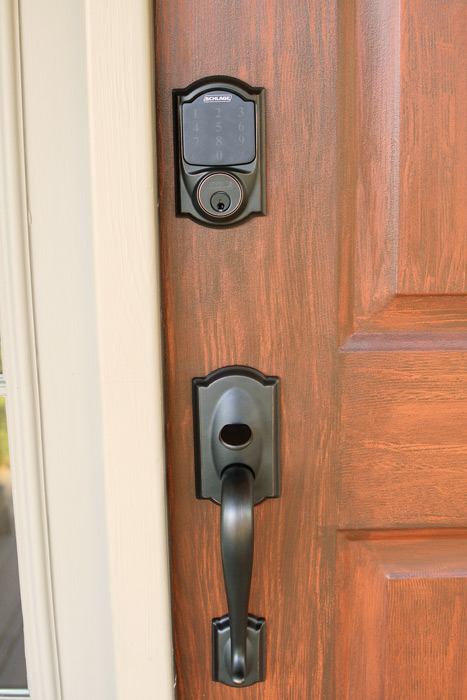 9 Keyless Lock Reviews to Help You Choose The Right Electronic Deadbolt | Schlage & Schlage-handle-closeup.jpg Pezcame.Com