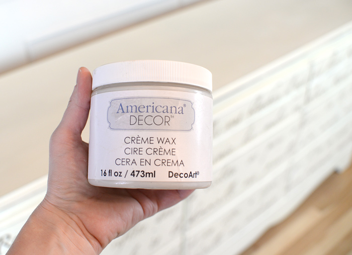 Americana-Decor-Creme-Wax
