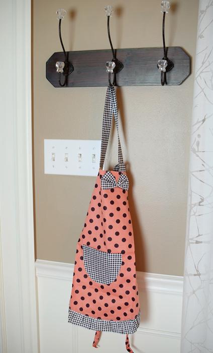 Child's-apron