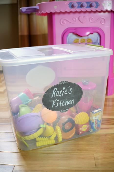 Kids-kitchen-organization