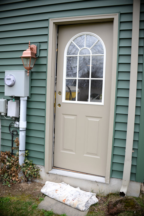 garage side doorThrifty transformation How to paint a door to look like