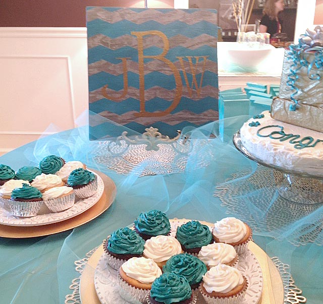 DIY-baby-shower-sign