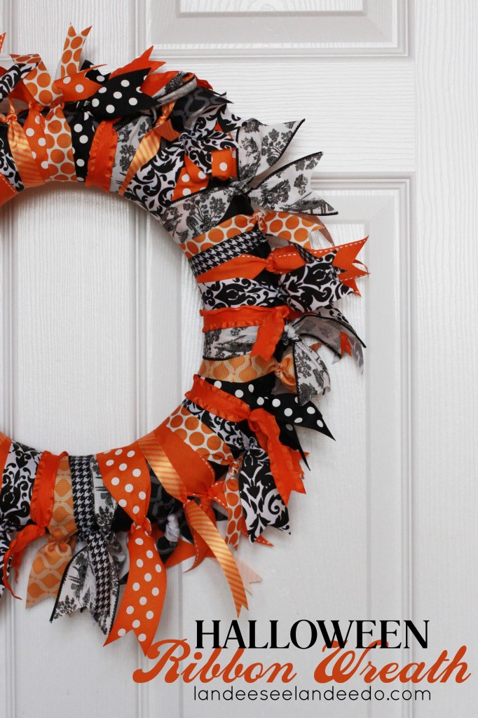 Halloween-Ribbon-Wreath-682x1024