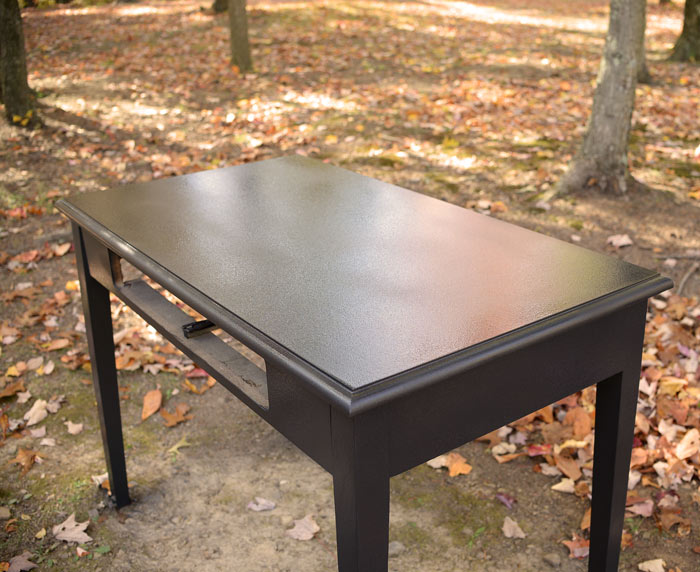 Black-desk-HomeRight-Finish-Max