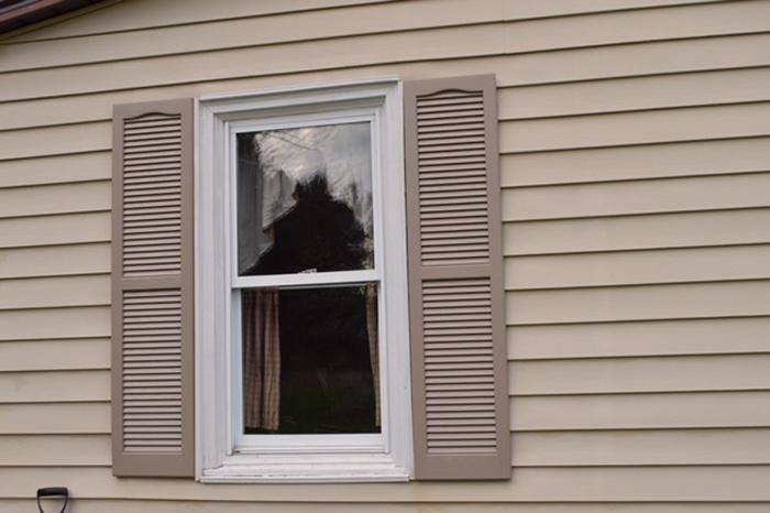 Painted-shutters-CU-2