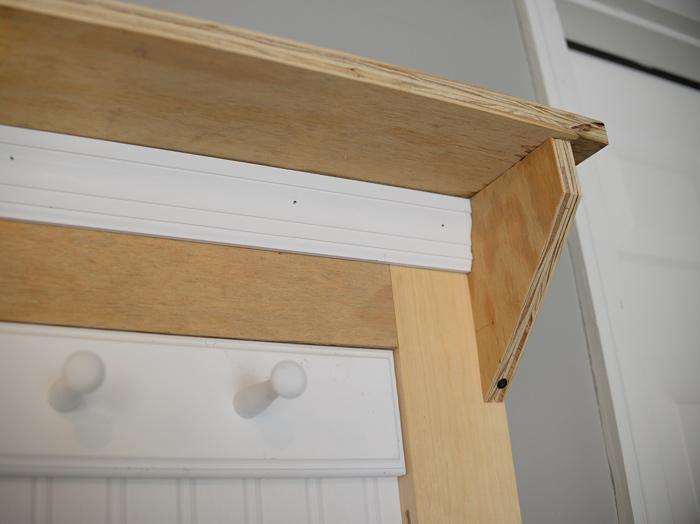 Plywood-corbel