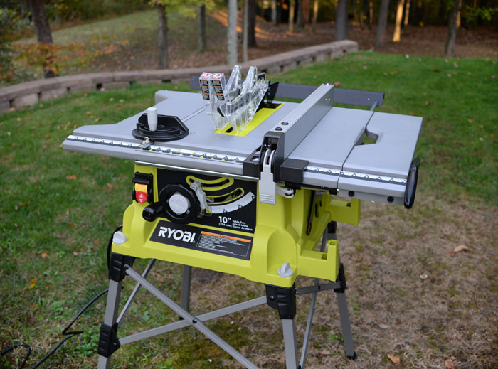 Ryobi-table-saw-closeup
