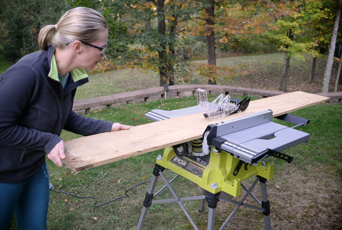 Using-Ryobi-table-saw