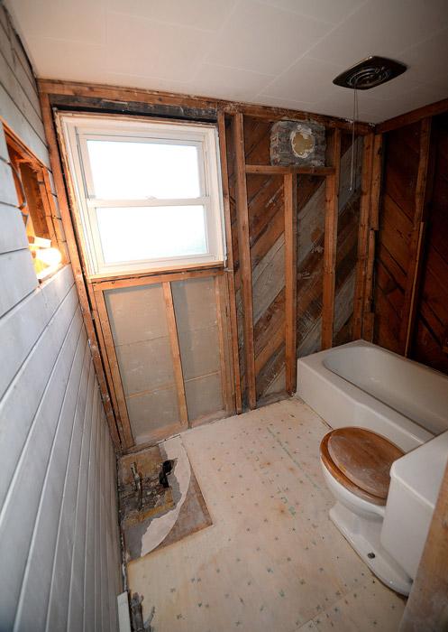 Bathroom Demo 2 ...