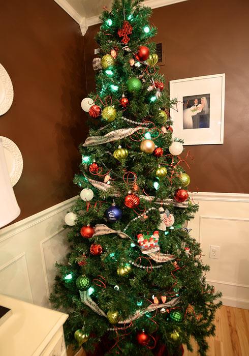 Dining-room-Christmas-tree