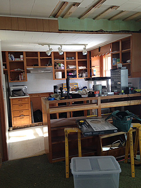 Kitchen-middle-low-res