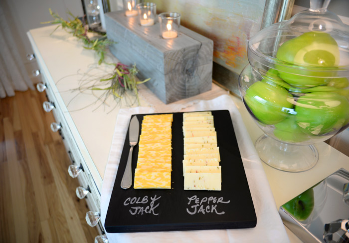 Chalkboard-cheese-tray
