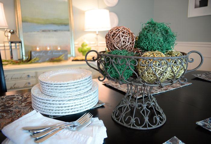 Tabletop-moss-balls