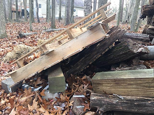 Wood-pile-