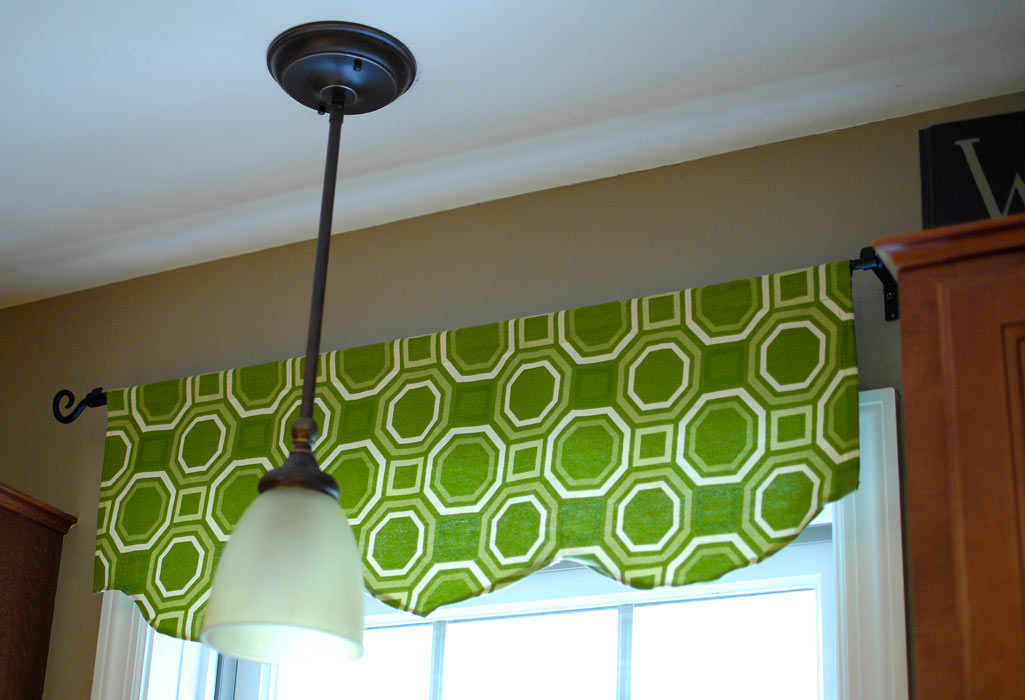 One Hour Window Valance Living Rich On Lessliving Rich