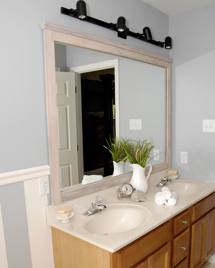 Very DIY driftwood mirror frame (with no nails or screws) - Living Rich  SY03